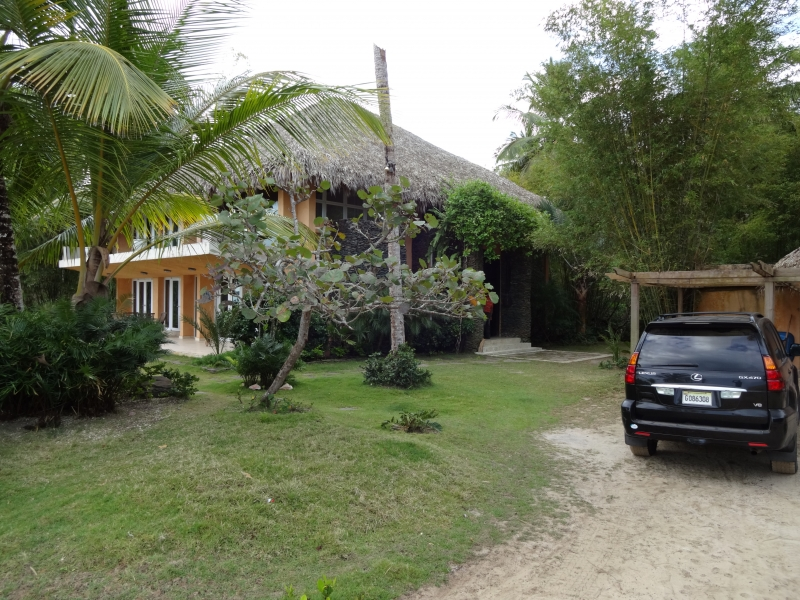 house-outside-view
